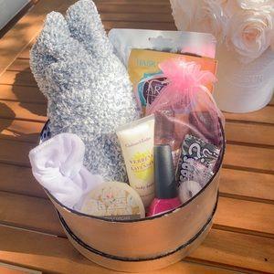 Lazy Day Self Care Bundle Gift Box